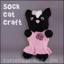 Sock Cat Craft from www.daniellesplace.com