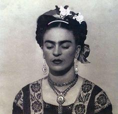 Frida so regal.