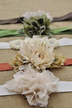 How to make pretty flower belts.