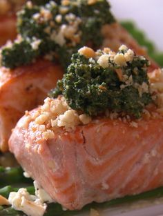 Salmon with salsa verde on a bed of asparagus - such a fresh and ...