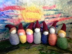 needle felted gnomes by Gianna of Fieltro Con Aguja