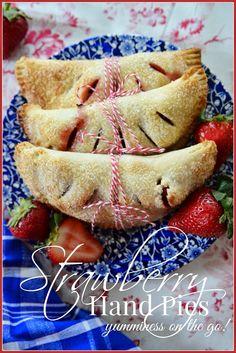Easy and delicious hand pies! stonegableblog.com