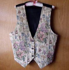 '90s Floral Vest