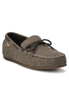 Is this a Sperry Moccasin??!!! OMG!!