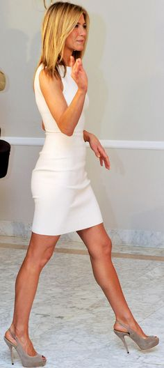 classic. White sheath with grey suede heels. Jennifer Aniston