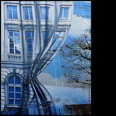 Graffitti magritte, graffiti, french toast, street art, mural, artist, blog, curtain, streetart
