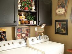 Country style laundry room,, love this !