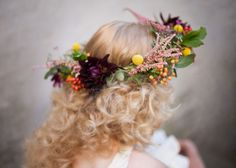 How to make a floral crown.