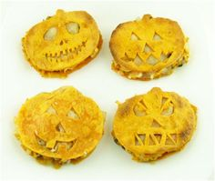 #allthingsspooky Mini pumpkin quesadillas! #costavida