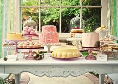 dessert tables, sweet tables, ruffle cake, cake stands, cake display, cake tables, dessert bars, cake plates, parti