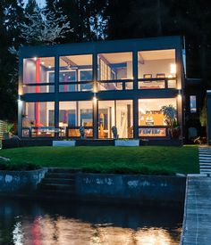 the perfect mid-century modern lakeside home