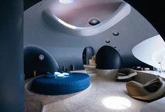 Un hogar con un estilo un tanto espacial