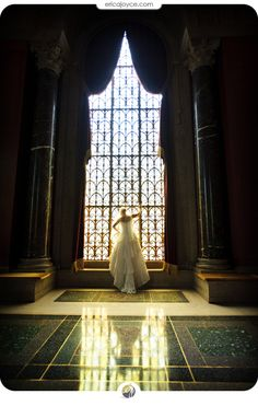 Bridal photos at #Baylor's Armstrong Browning Library (by Erika Joyce Photography) #SicEm