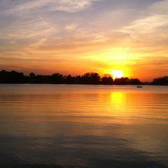 Oconomowoc sunset, fowler park. Photography by Geoff Butz