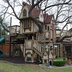 Who needs a playground when you've got this amazing treehouse! playhous, playground, kid spaces, dream, tree houses, treehous, happy kids, dog houses, backyard oasis