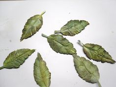 The Shabby Horse Cafe: Tattered Leaves tutorial