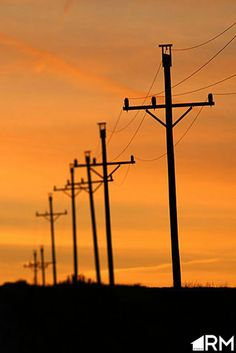 telephon poleselectr, midwest sunset, cross