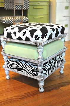 I want to make these stacking stools for the basement... Super easy and super cute extra seating.