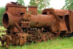 Rusty steam engine ~  Looks like a rollover