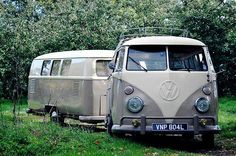 VW Bus towing a Dub-
