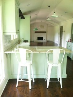 stain color on floors