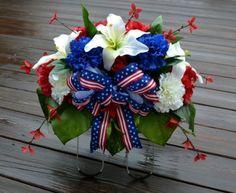 Patriotic Cemetery Flowers Headstone Saddle Veterans Tombstone Grave Memorial