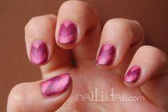 Matte Gradient Chevron nails in wine colours // Manicura Chevron mate con triangulos en color vino