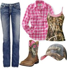 Country Girl Outfit And my Camo Ariat Baby Fats... PERFECT! ♥
