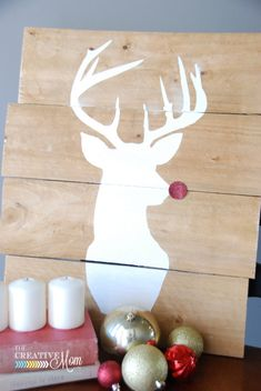 Pallet Deer Silhouette (he's glittery!) from TheCreativeMom.com