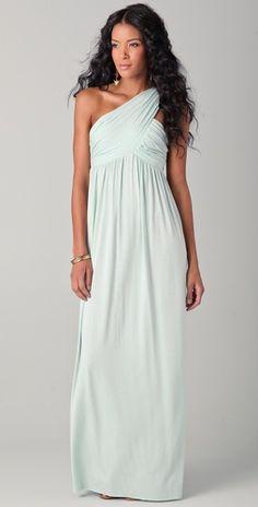 #Oh hi, gorgeous mint dress  Prom Perfect #2dayslook #PromPerfect #sunayildirim #anoukblokker  www.2dayslook.com