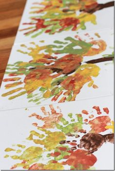 kid craft - thankful trees, I think I will get a white table runner and have the kids do this and put write what they are thankful for on each of their leaves!!! <3