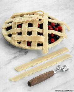 {Tutorial} Love the look of this lattice pie crust