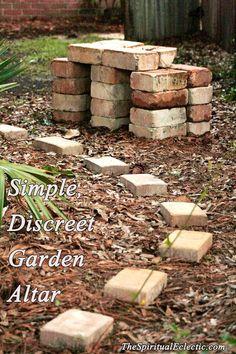path, garden altar, outdoor altar, garden idea, discreet garden