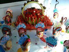 Tortas on pinterest hulk cakes minnie mouse cake and for Decoracion de cuartos para ninas de 10 anos