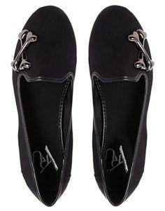 YRU Lowf Bones Leather Flat Shoes