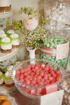Shabby Chic Baby Shower Ideas | Shabby Chic party ideas and elements I like best in this baby shower ...