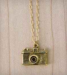 charms, camera necklac, pewter, chains, photo shoot, camera photo, necklaces, photography, old fashioned cameras