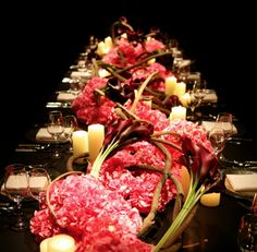 Drop-Dead Gorgeous Wedding Flower Ideas from Jeff Leatham. To see more: http://www.modwedding.com/2014/05/09/gorgeous-wedding-flower-ideas/ #wedding #weddings #centerpiece #ceremony #reception
