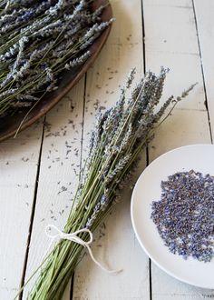 How To Dry Lavender + DIY Lavender Linen Spray - Henry Happened