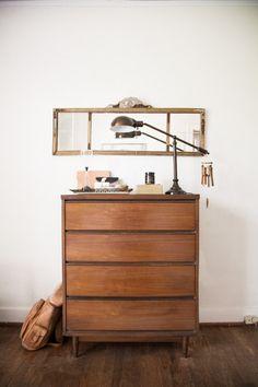 Beautiful Brown Table & Lamp!!!