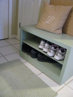 Delightful Dwelling: Building a Shoe Storage Bench