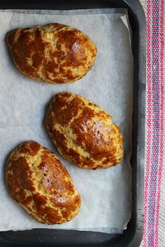 Poğaça (Turkish Cheese Turnovers): Delight of a Baking Geek post image