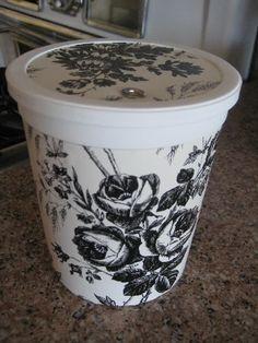 repurposed yogourt container