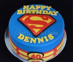 Superman theme cake — TV / Movies / Celebrity