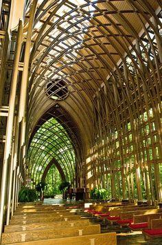 BEAUTIFUL!   Mildred B. Cooper Memorial Chapel in Bella Vista Arkansas.  By renowned Arkansas architect Euine Fay Jones.