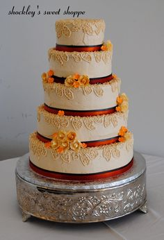 Fall-Themed Cakes | fall-themed wedding cake