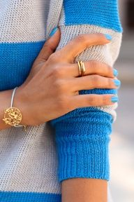 blue nails #streetstyle