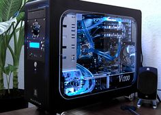 Computer cases | 30 Beautiful Custom PC Case Designs See more here - http://goo.gl/kDHqfZ