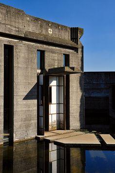 Brion Cemetery - Carlo Scarpa