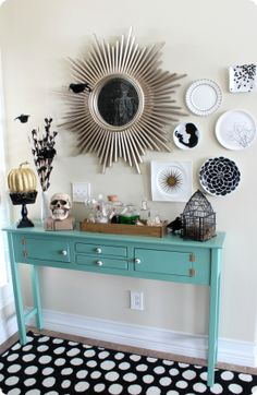 halloween decorations, black and white entryway, color, black white, plate, hous, entryway decor, halloween decorating ideas, teal decorations
